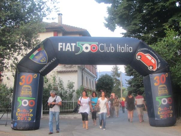 entrada fiat 500 club Itali